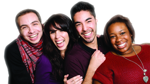 Banner_group_of_friends_laughing